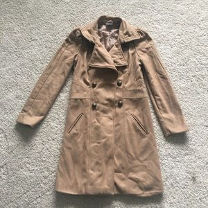 Jackets & Blazers - ❤️FLaSH SALE❤️ Tan double button trench coat